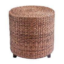 Decoratieve stoelen en poefs